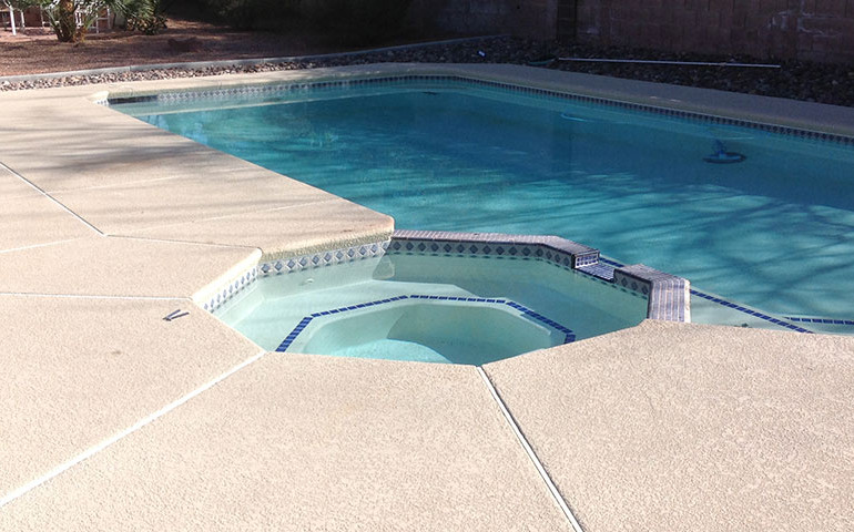 spraydeck-with-pool